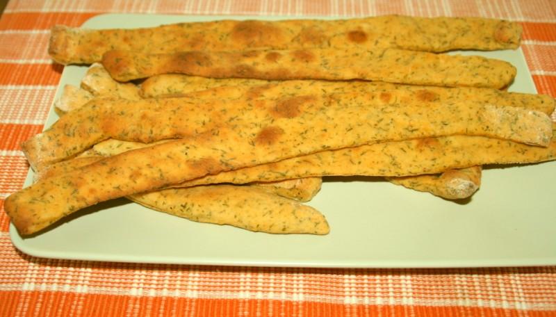 Brotsticks mit Petersilie und Paprika
